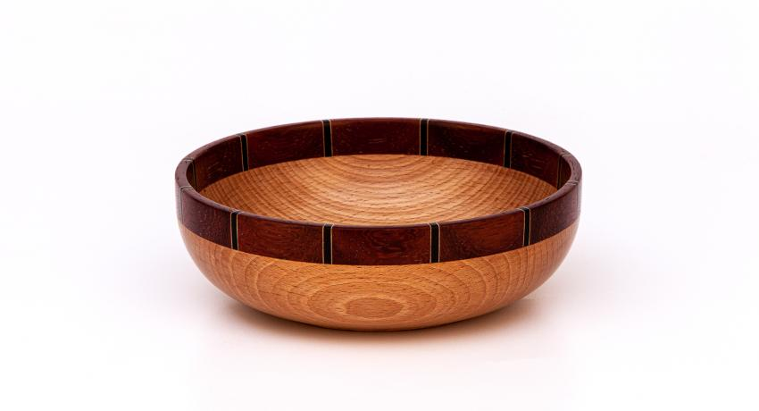 Beech bowl with segmented rim 20cm