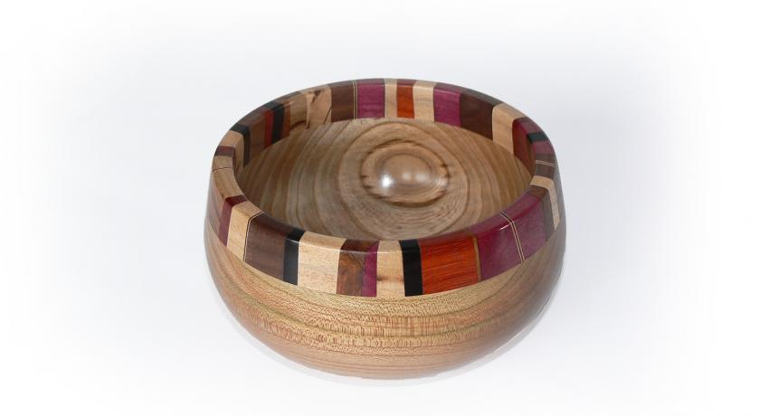 Butterwood elm bowl with a segmented rim 15cm