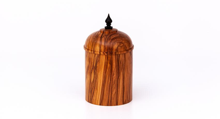 Olive wood box 17cm